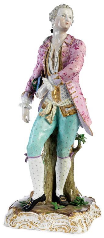 Große Meissen-Figur eines Edelmannes