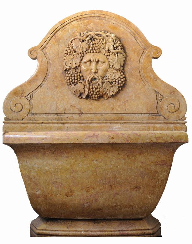 Wandbrunnen mit Bacchusmaske