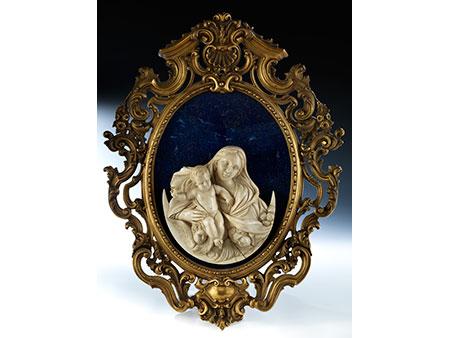 Elfenbeinrelief-Madonna mit Kind
