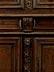Detailabbildung: Aufsatzmöbel mit Schnitzdekor im Barock-Stil
