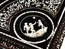 Detailabbildung: Tisch mit reichen Elfenbeinintarsien