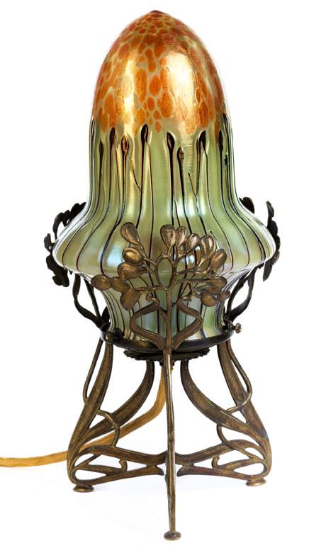 Kleine Jugendstil-Tischlampe