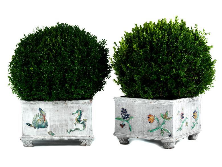 Paar Majolika-Pflanzenbecken von Nymphenburg