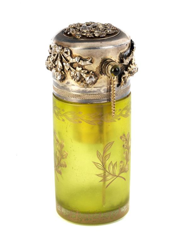 Sankt Petersburger Parfumflakon