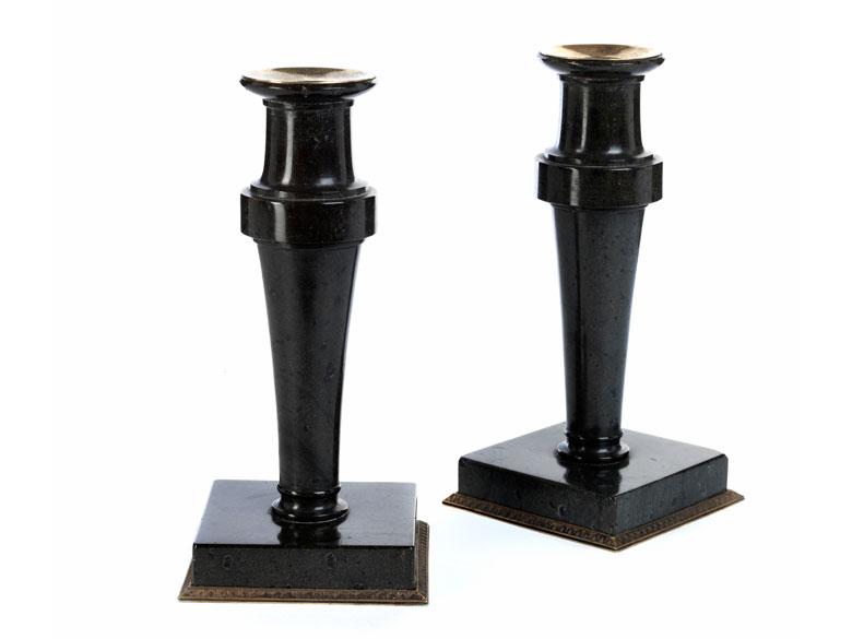 Paar Fabergé-Tischkerzenleuchter