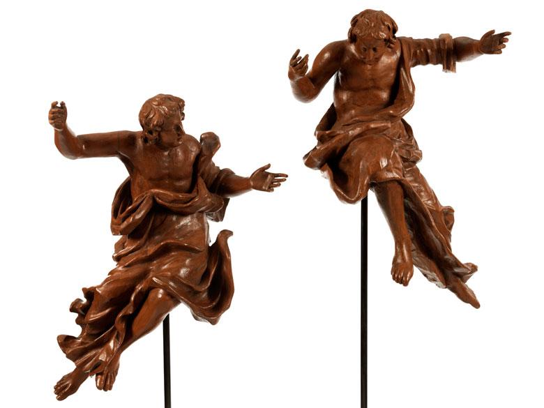 Paar geschnitzte Altarengel