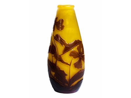 """Kleine Vase mit Veilchendekor, signiert """"Gallé"""""""