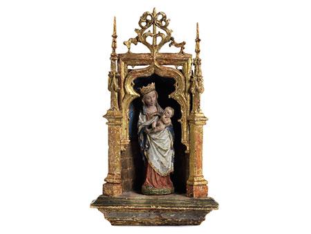 Museale Statuette Maria mit dem Kind