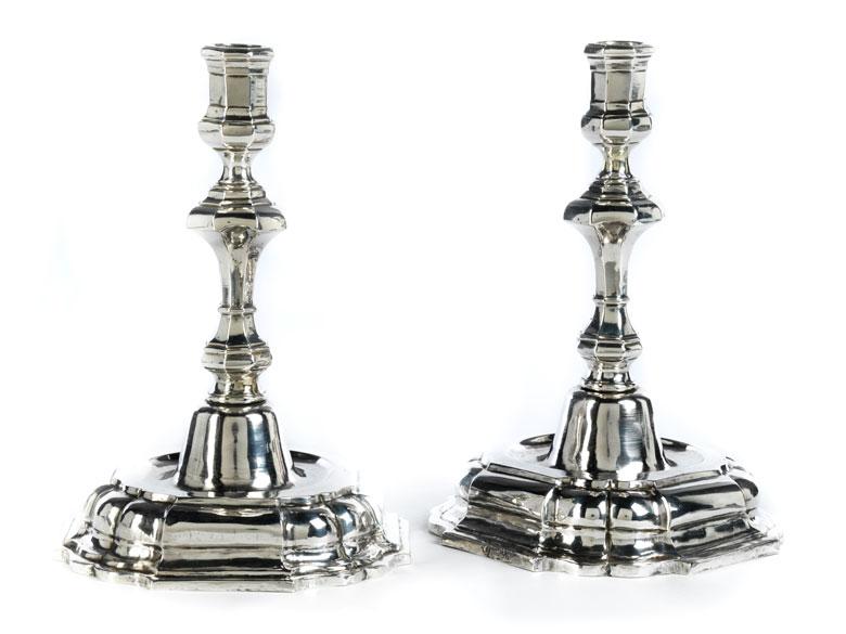 Paar lucchesische Silberleuchter