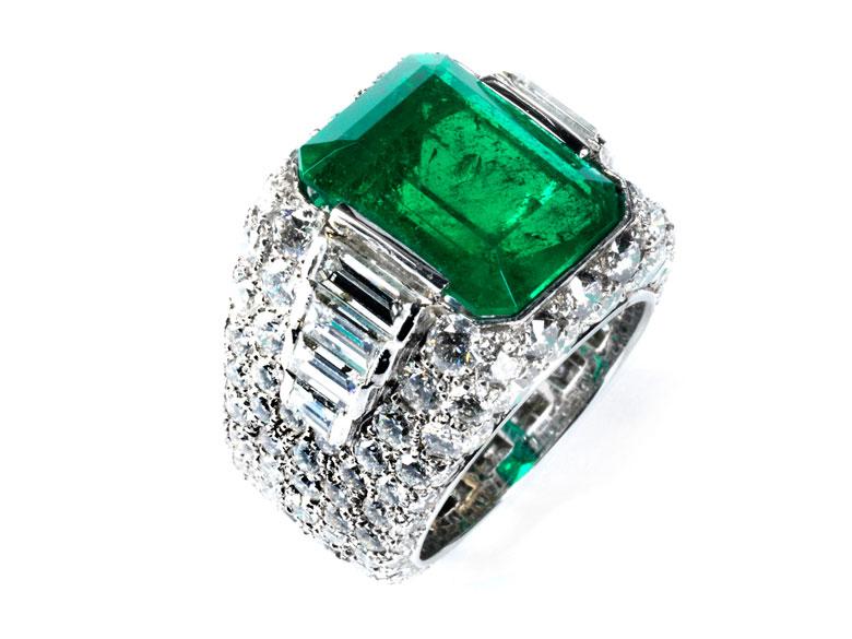 Smaragd-Diamantring von Bulgari