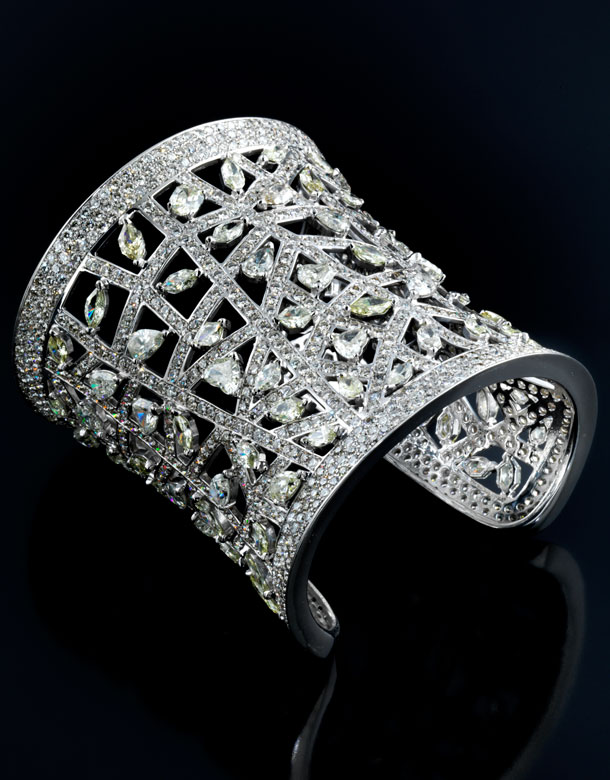 Breite Diamantarmspange