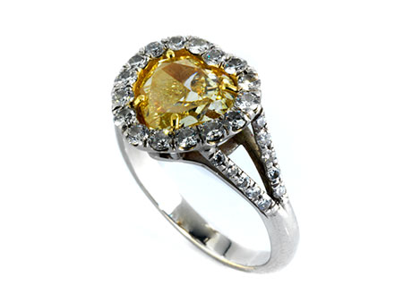 Fancy vivid yellow Diamant-Herzring