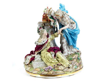 Große Meissener Porzellanfigurengruppe