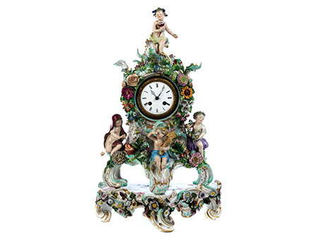 Porzellanuhr mit Allegorie der vier Jahreszeiten