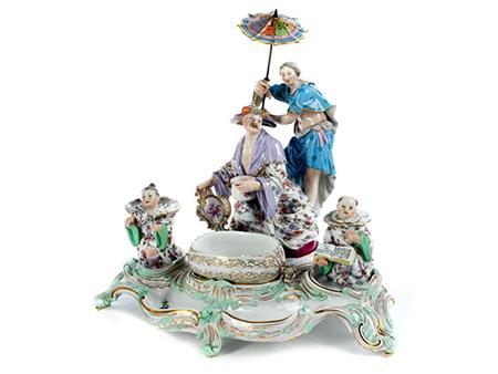 Prächtiges Meissener Porzellanschreibzeug im Chinoiserie-Rokoko-Stil