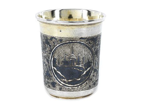 Moskauer Silberbecher