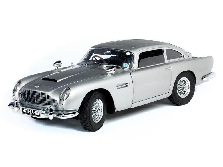 Modell Des James Bond Autos Aston Martin Db5 Hampel Fine Art Auctions