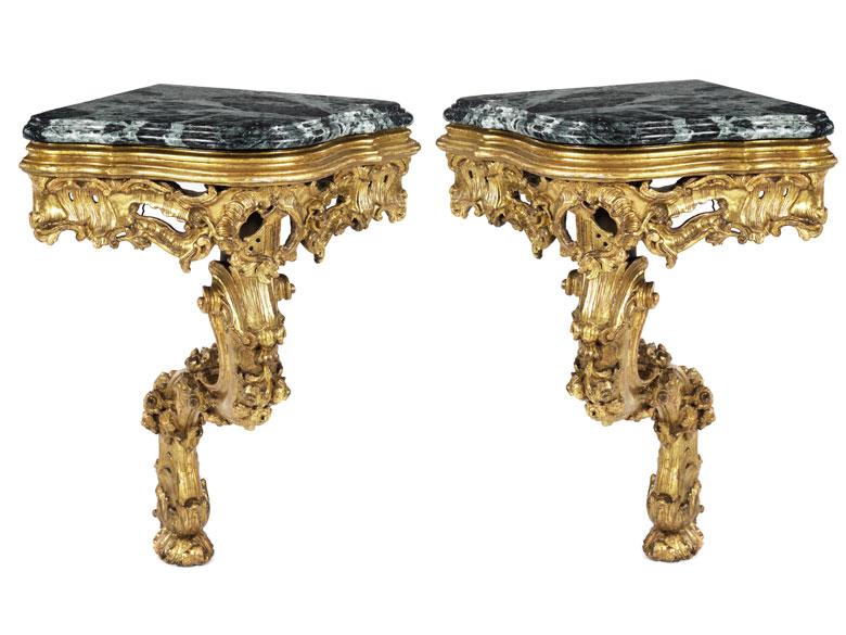 Paar barocke Eckkonsolen