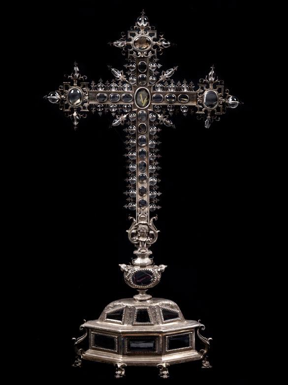 Bedeutendes Reliquienkreuz