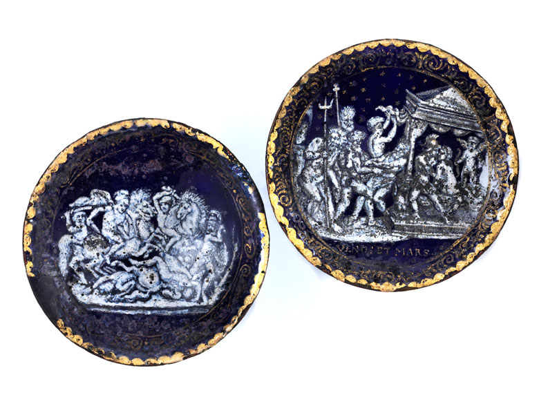 Paar venezianische Emailschälchen mit antiken Darstellungen