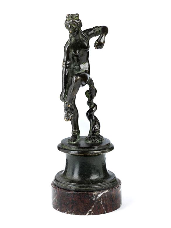 "Venezianische Bronzestatuette ""Badende Venus"""