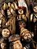 Detail images: Große museale Schnitzfigurengruppe mit dem Kreuz Christi und Reiterdarstellungen