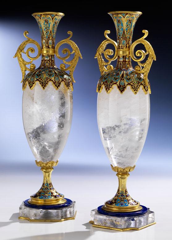 Paar dekorative Kombinationsvasen