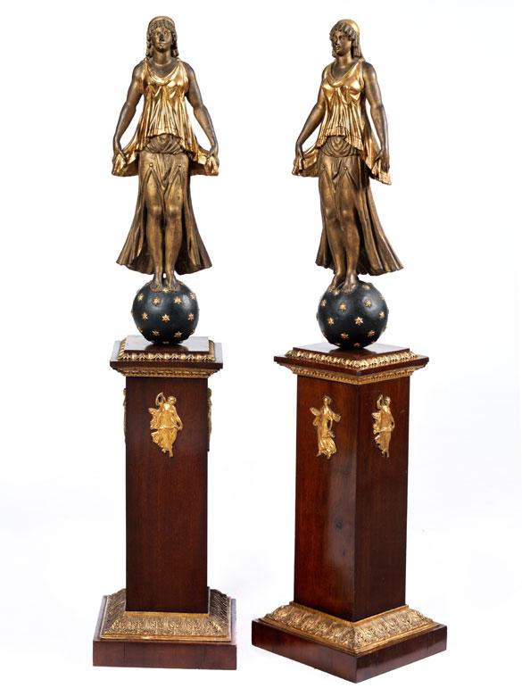 Paar Dekorationsskulpturen im Empire-Stil