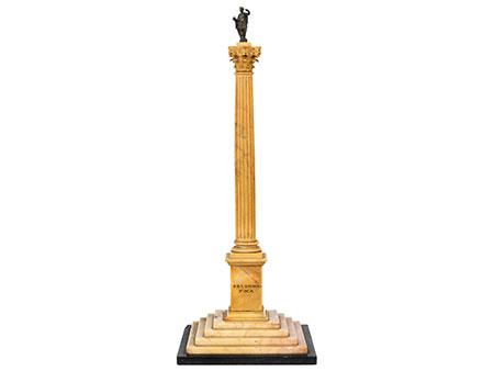 Kleines Tischmonument der Phokas-Säule (Colonna di Foca)
