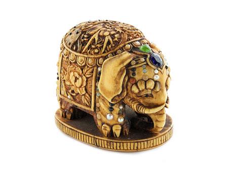 Detail images:  Japanische Shibayama-Netsukein Form eines Elefanten