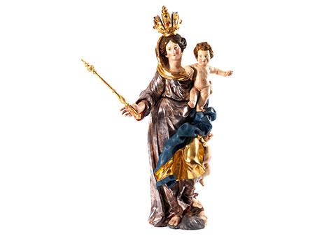 Große Schnitzfigur der Madonna mit Kind