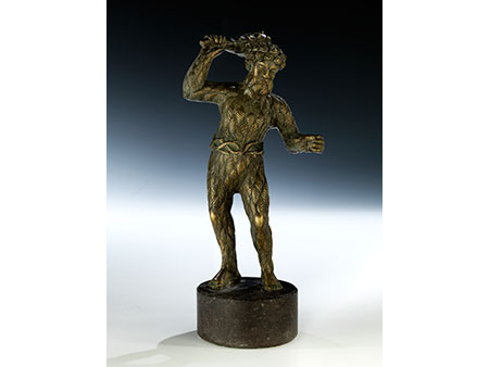 Bronzestatuette eines Wilden Mannes