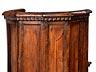 Detail images: Fünf Stühle, sog. poltrona a pozzetto