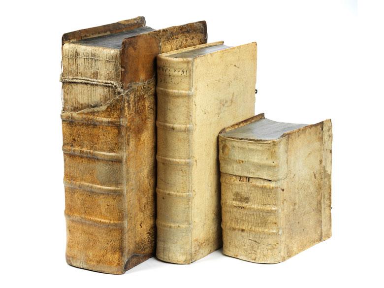 Drei Bücher