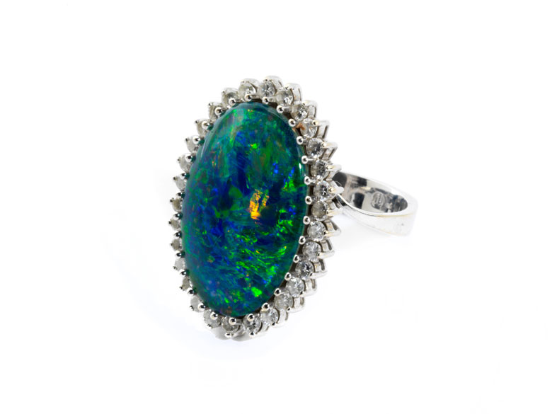 Opal-Diamantring