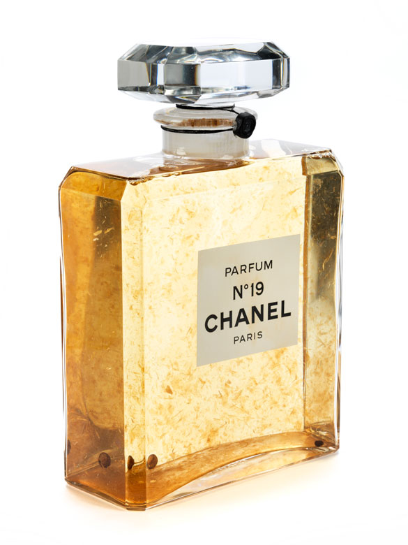 Parfumdekorflasche Chanel No. 19/ Paris