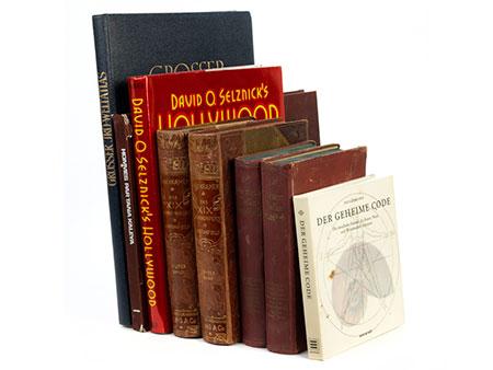 Konvolut von acht Büchern zum Thema Kunst