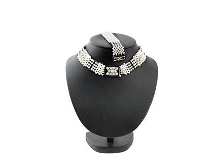Detail images:  Halskette und Armband