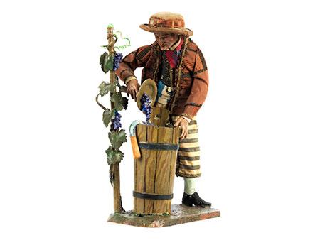 Neapolitanische Krippenfigur Mann bei Weinlese