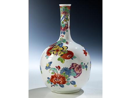 Frühe Meissen-Vase mit indianischen Blumen