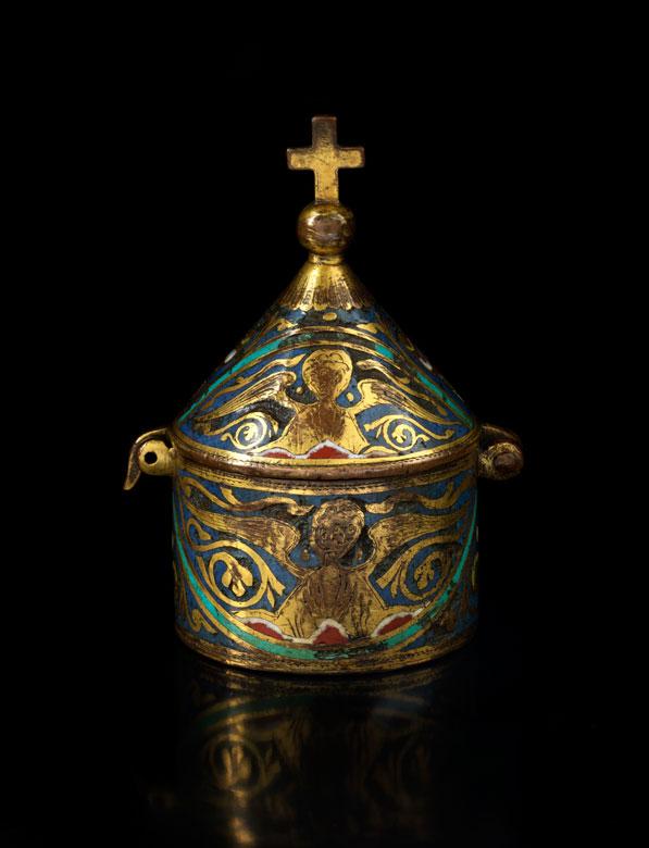 Bedeutende Pyxis des 13. Jahrhunderts
