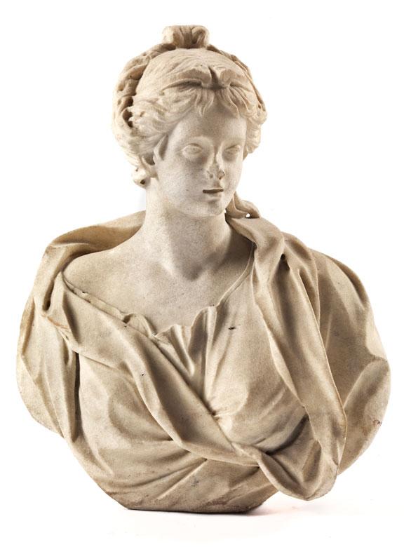 Weibliche Büste