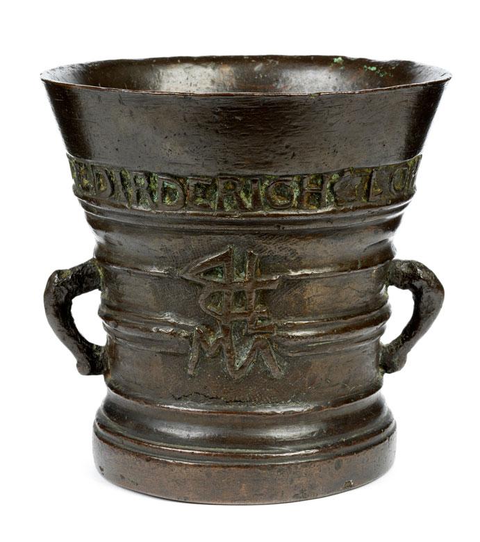 Musealer Bronzemörser von Dietrich Lohmann