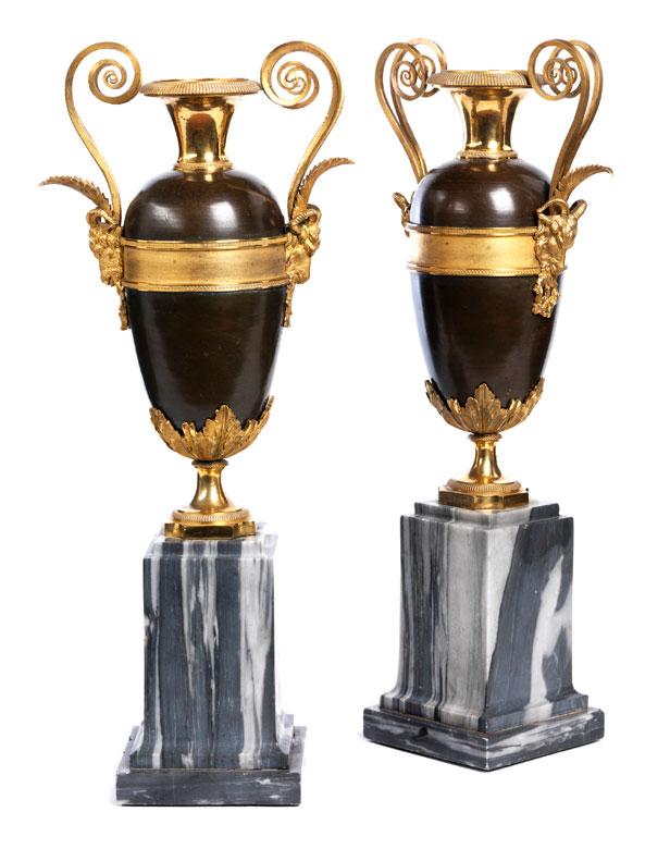 Paar Louis XVI-Vasen