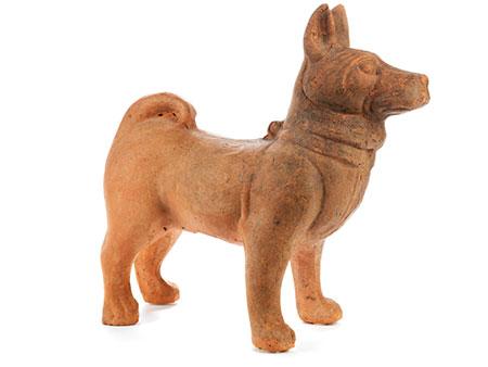 Grabfigur eines Hundes