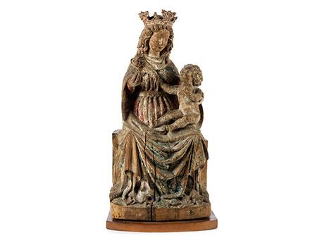 Schnitzfigur einer Madonna mit dem Kind