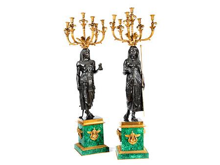 Paar figürliche Bronzekandelaber im Empire-Stil