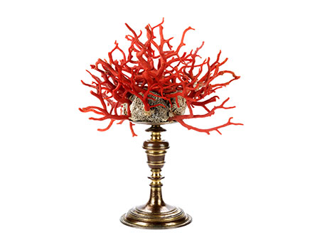 Kunstkammer-Objekt mit Koralle