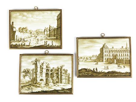 Drei Sèvresplaketten mit Grisaillegemälden