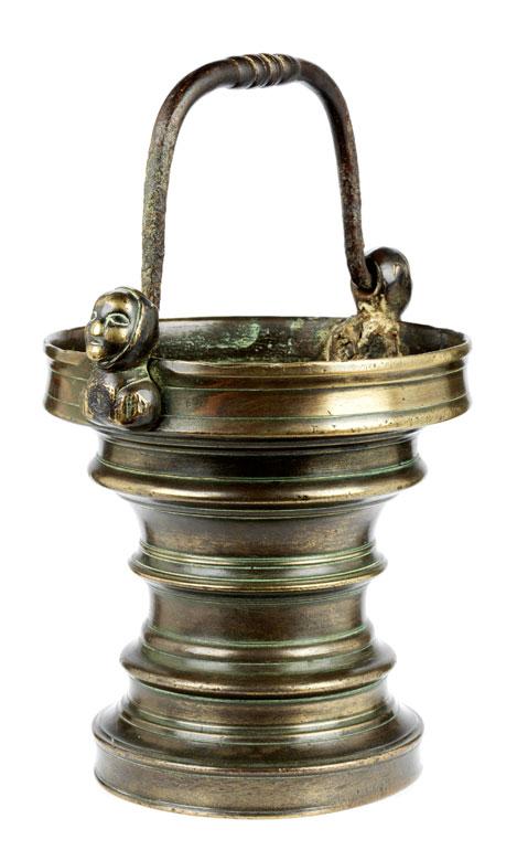 Weihwassersitula in Bronze